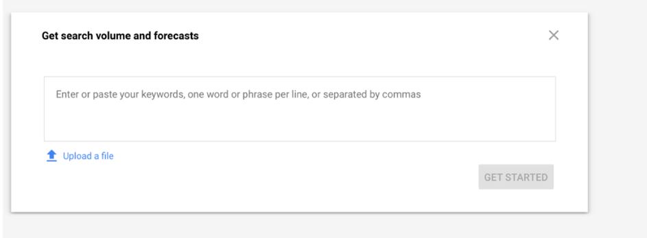 wyszukiwanie słów kluczowych w kampaniach Google Ads adwords